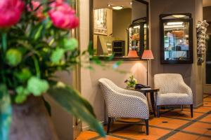 The lobby or reception area at Seegarten Swiss Quality Hotel