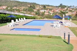 A view of the pool at Thile Park Hotel or nearby