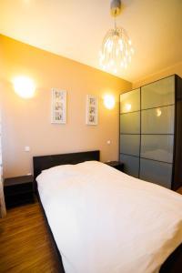 Кровать или кровати в номере Первоуральк Отель Diana