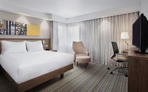 A room at Hampton by Hilton Oxford