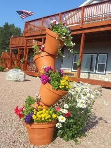 A porch or other outdoor area at Sawin' Logs Bed & Breakfast