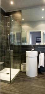 A bathroom at Century Hotel