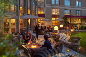 A restaurant or other place to eat at Mandarin Oriental Washington DC