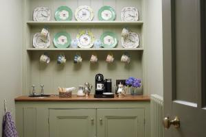 Coffee and tea making facilities at Hotel Endsleigh