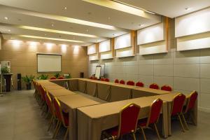 Бизнес-центр и/или конференц-зал в Jinjiang Inn Changji Administration Center