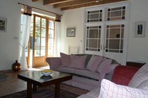 The lounge or bar area at The Cottage, Clos des Archers