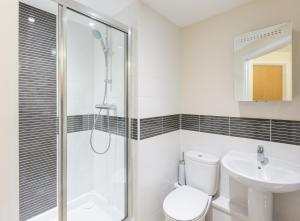 A bathroom at Central Gate Apartments by House of Fisher