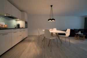 Küche/Küchenzeile in der Unterkunft Paradeplatz Apartment by Airhome
