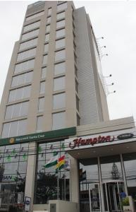 The facade or entrance of Hampton by Hilton Santa Cruz