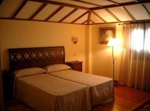 A bed or beds in a room at Finca Eslava