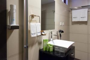 A bathroom at h78