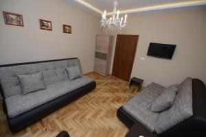 A seating area at Belgrade Central Zone Apartments