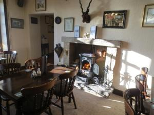 A restaurant or other place to eat at Pack Horse Inn