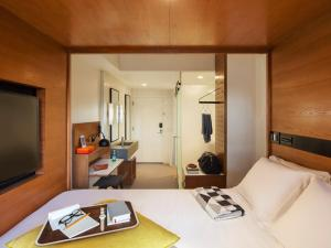 A room at Arlo SoHo