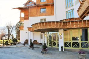 Eine Fassade oder ein Eingang zu Hotel Laurenzhof