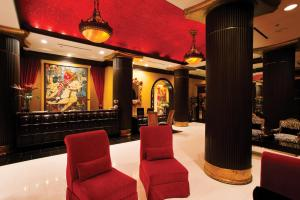The lounge or bar area at Grand Bohemian Hotel Orlando, Autograph Collection