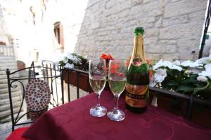 Drinks at Tragurium & Salona Apartments