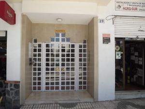 The facade or entrance of Apartamento En Almuñecar