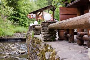 Patio alebo iná vonkajšia časť ubytovania Guest House Chata Alpina