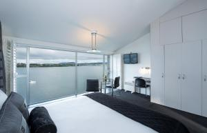 A room at The Tauranga on the Waterfront