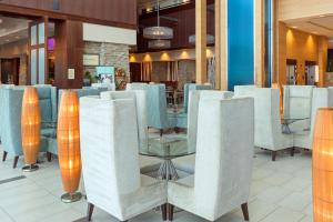 A restaurant or other place to eat at Embassy Suites Denver - Downtown/Convention Center