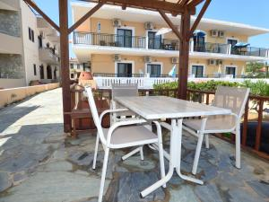 A patio or other outdoor area at Camelia Studios & Apartments