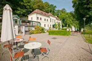 Patio o area all'aperto di Privilege Apartments Kroftova