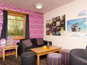 The lobby or reception area at YHA London Lee Valley