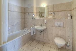 Ein Badezimmer in der Unterkunft Sport- & Vital-Resort Neuer Hennings Hof
