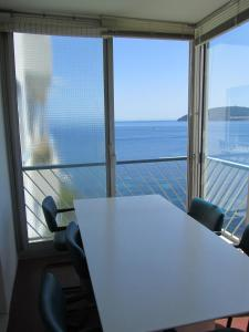 A balcony or terrace at Appartement Le Cap