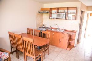 Una cocina o zona de cocina en Cabañas Las Añañucas V