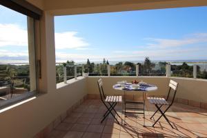 A balcony or terrace at Lagoon Terrace Penthouse