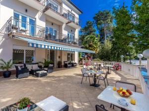 Restoran ili neka druga zalogajnica u objektu Apartments & Rooms Milcetic
