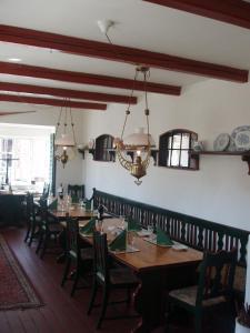 En restaurant eller et andet spisested på Højby Kro og Hotel
