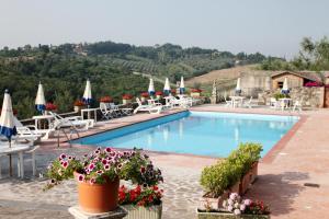 The swimming pool at or close to La Loggia - Villa Gloria