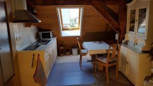 Küche/Küchenzeile in der Unterkunft Storchennest