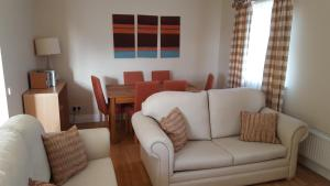 A seating area at Rathmullan Village Apartments