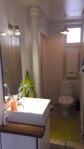 A bathroom at bedandshower