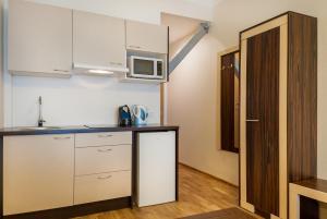 A kitchen or kitchenette at Pirita Beach Apartments & SPA