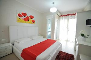 A room at Iliria Internacional Hotel