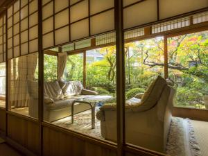 A seating area at Hashinoya Bekkan Ransui