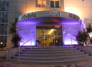 A fachada ou entrada de Hotel Aleluia