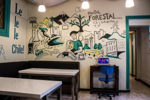O lounge ou bar de Hostal Forestal
