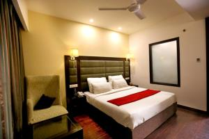 A bed or beds in a room at Hotel Oyster