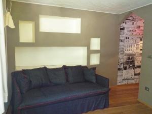The lounge or bar area at Studio L'Aiguille du Midi-5