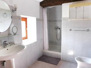 A bathroom at Holiday Home La Maison Monceny