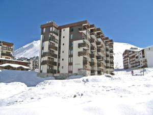 Apartment Le Prariond-4 during the winter