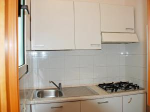 Cucina o angolo cottura di Locazione Turistica Passo dell'Arciprete-1