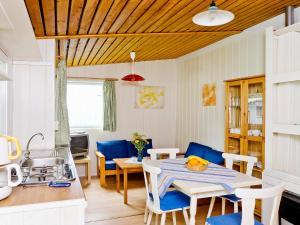 Lounge oder Bar in der Unterkunft Holiday Home Geesthof.3