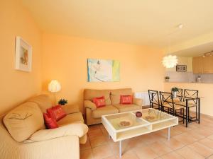 A seating area at Apartment Las Fuentes
